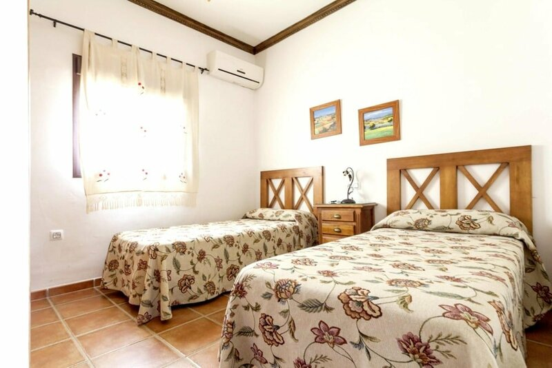 House With 4 Rooms In Posadas, With Wonderful Mountain View, Private P