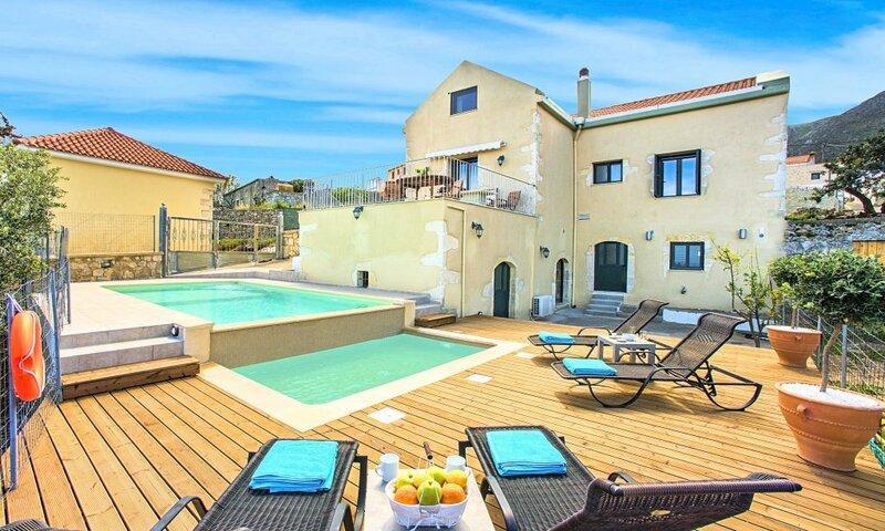 Вилла Cretan View Heated Pool