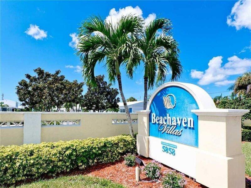 Beachaven 52 - One Bedroom Condo