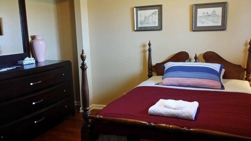 Eileen's Bed & Breakfast - Guest House