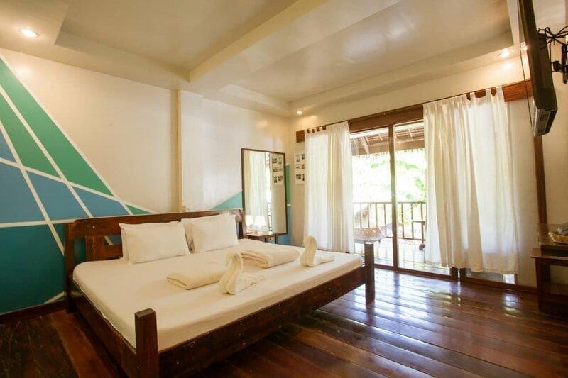 La Luna Island Resort