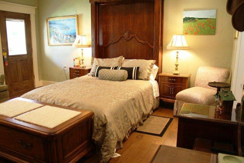 Jefferson Street Bed and Breakfast Inn