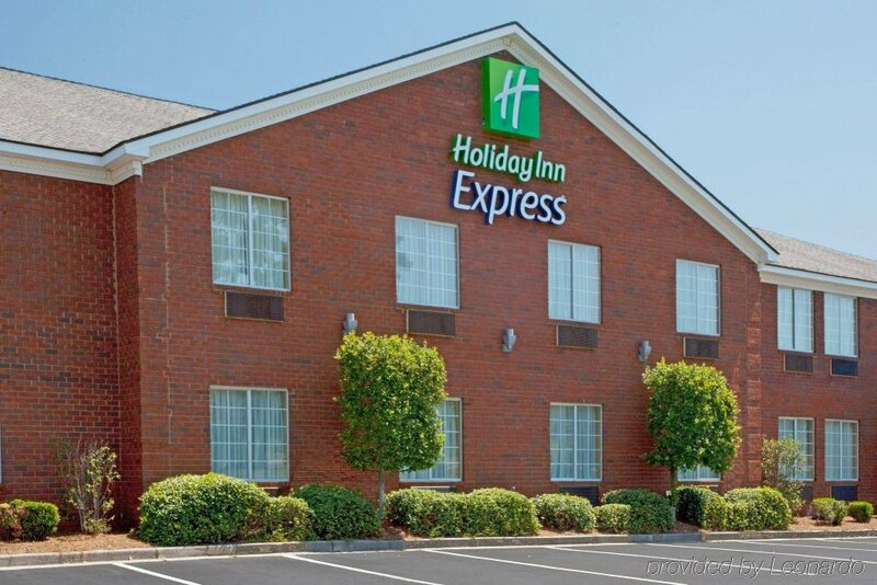 Holiday Inn Express And Suites Savannah N - Port Wentworth