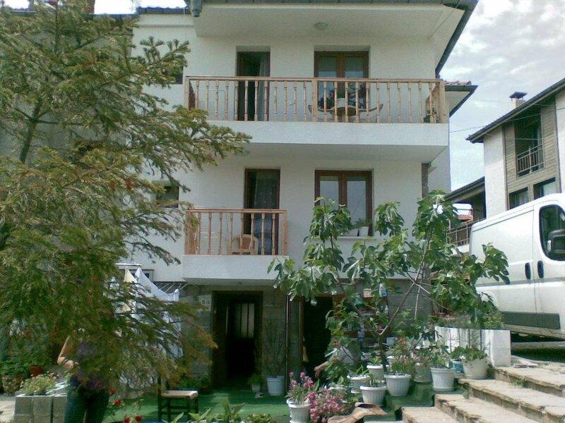 Farlalievi Guest House