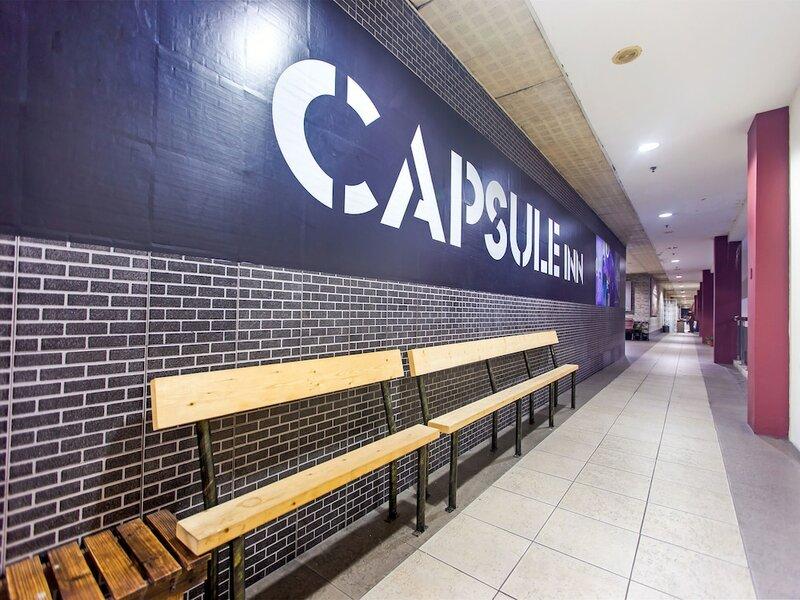 Spot On 89726 Capsule Inn