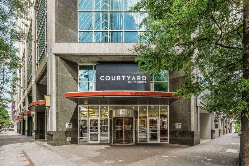 Courtyard by Marriott Charlotte City Center