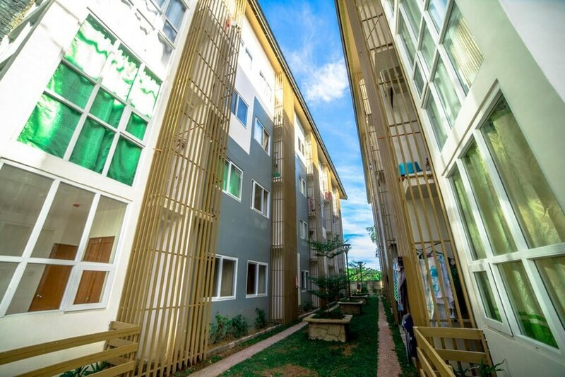 Bayanihan Flats Bldg 5 3rd Flr Unit 5305 with free day use access to Maribago Bluewaters