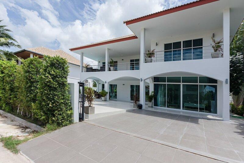 4 Br Pool Villa in Great Location - Cv4