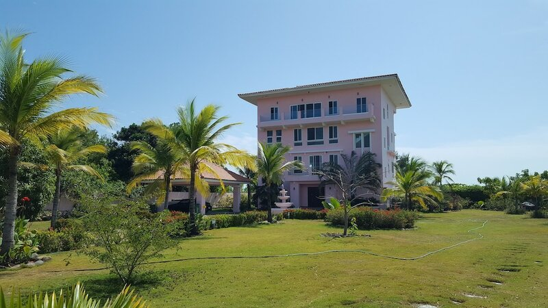 Pink Palace Panama