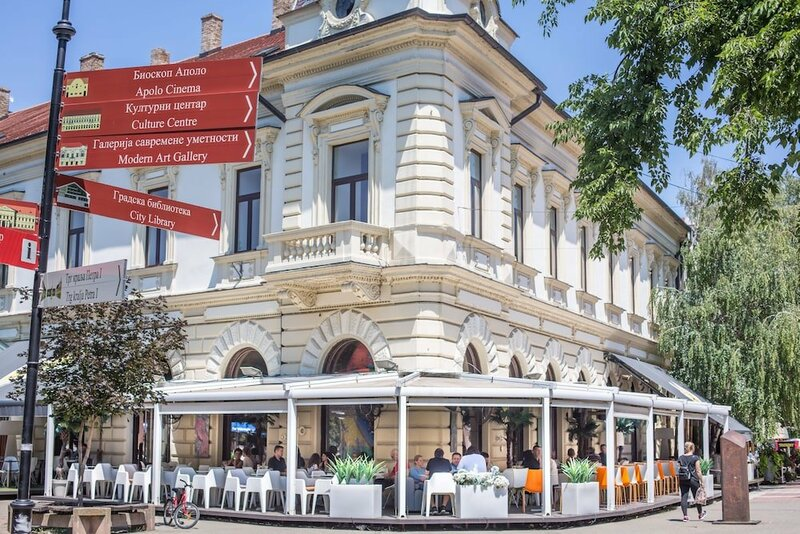 Hotel Grand Hedonist