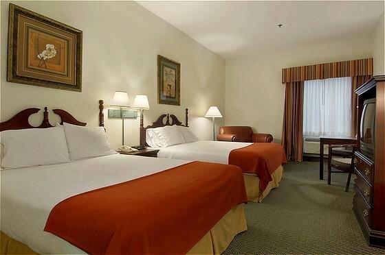Days Inn And Suites Pasadena
