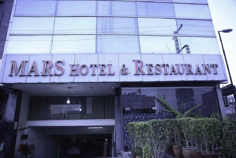 Mars Hotel Lahore