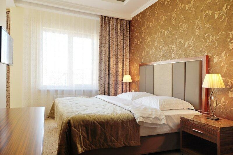 Royal Hotel Riz