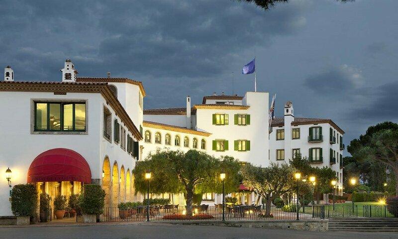 Отель Hostal de La Gavina