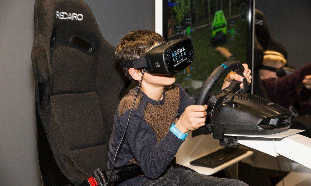 клуб виртуальной реальности — Arena Space - сеть парков виртуальной реальности — Москва, фото №1