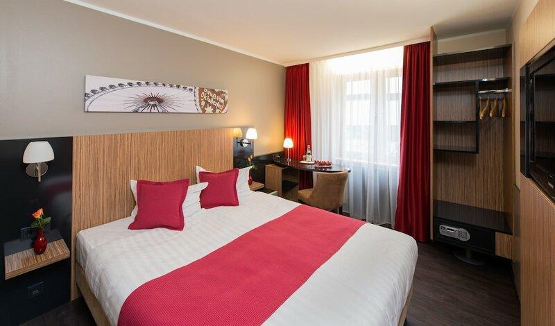 Munich Deluxe Hotel