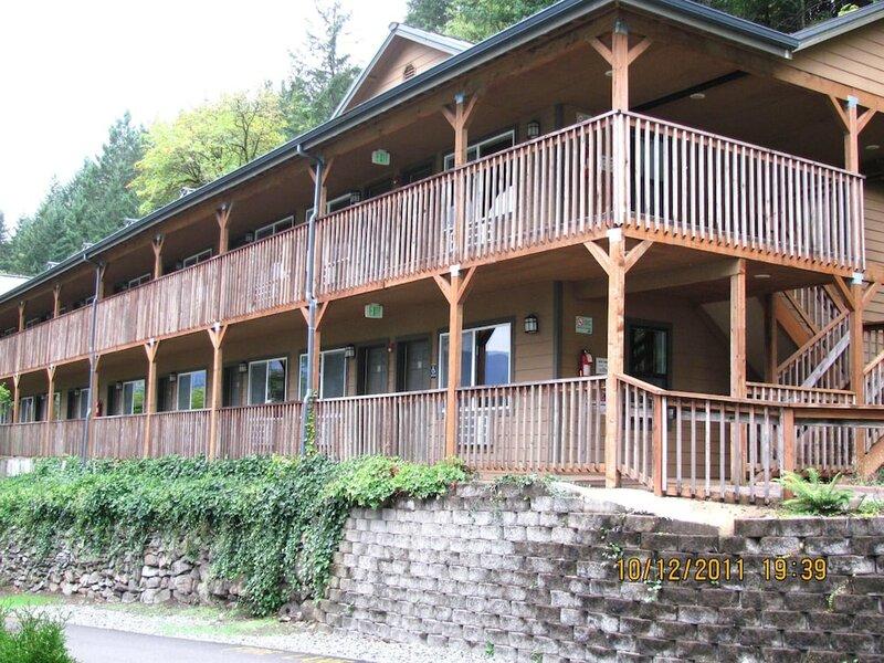 Carson Hot Springs Resort