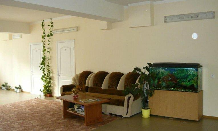 Guest House on Pionersky prospekt 36