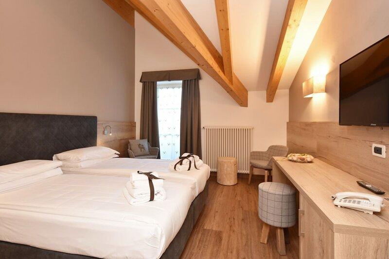 X Alp Hotel