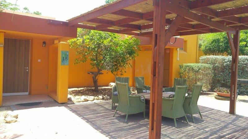 Elifaz Kibbutz Desert Hospitality