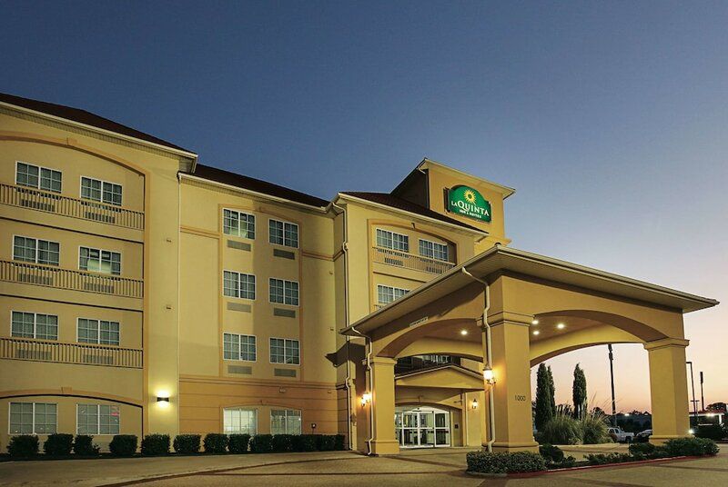 La Quinta Inn & Suites by Wyndham Dallas - Hutchins