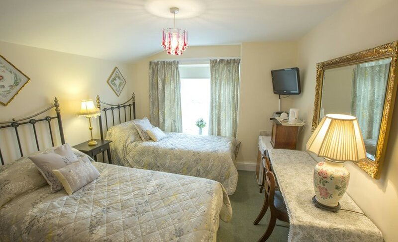 Albany House Bed and Breakfast