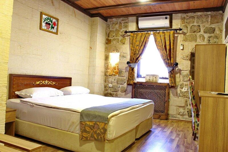 Artuklu Kervansarayı Otel