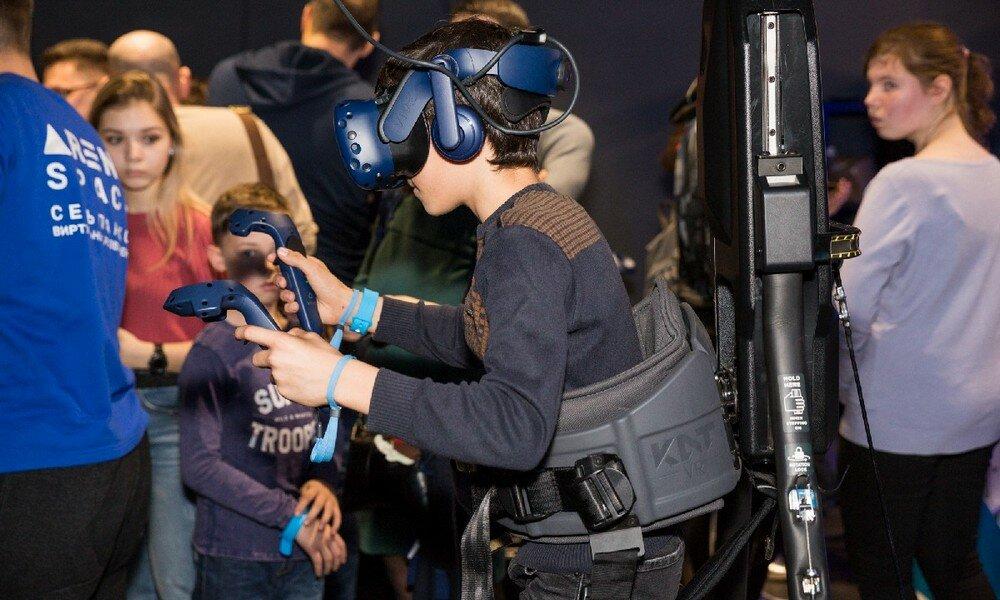 клуб виртуальной реальности — Arena Space - сеть парков виртуальной реальности — Москва, фото №4