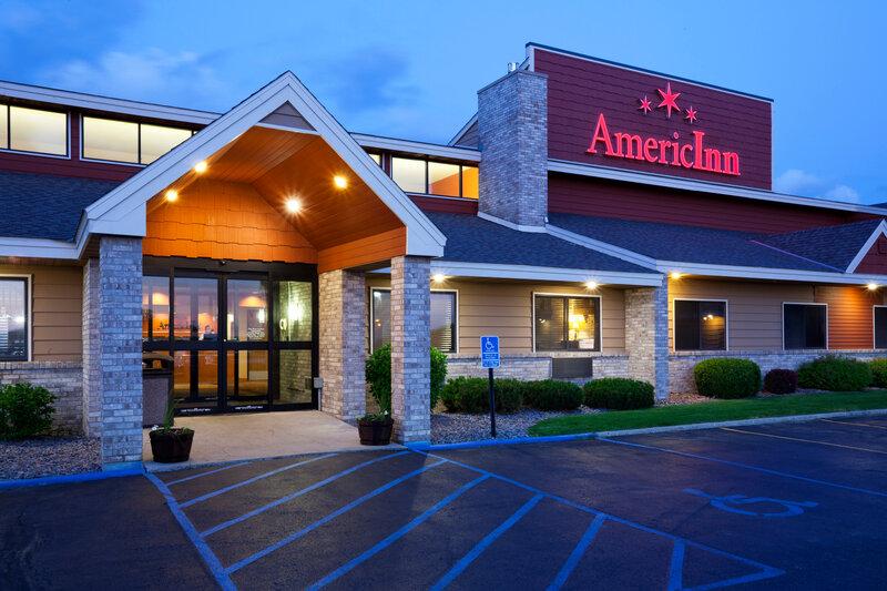 AmericInn by Wyndham Fergus Falls - Conference Center