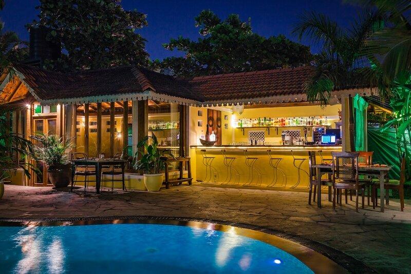 Отель Fiesta Beach