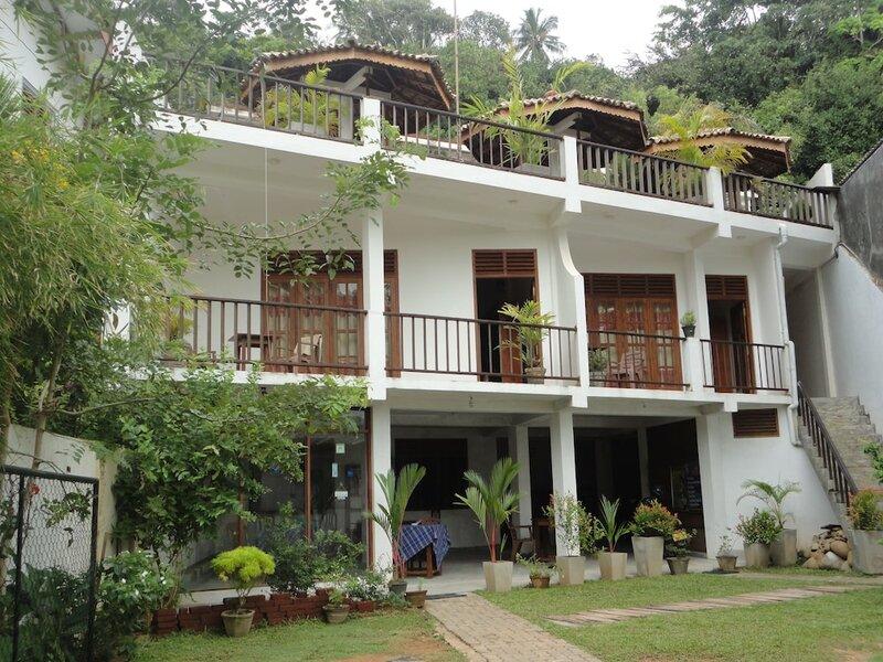 Mirissa Beach Inn
