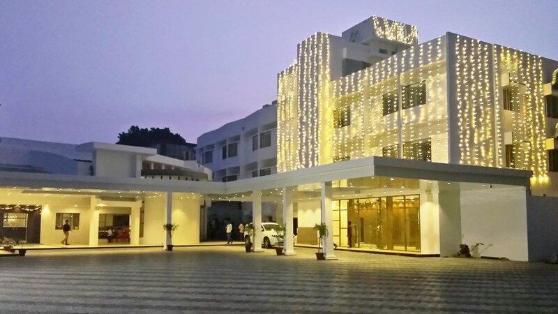 Arcot Woodlands Hotel