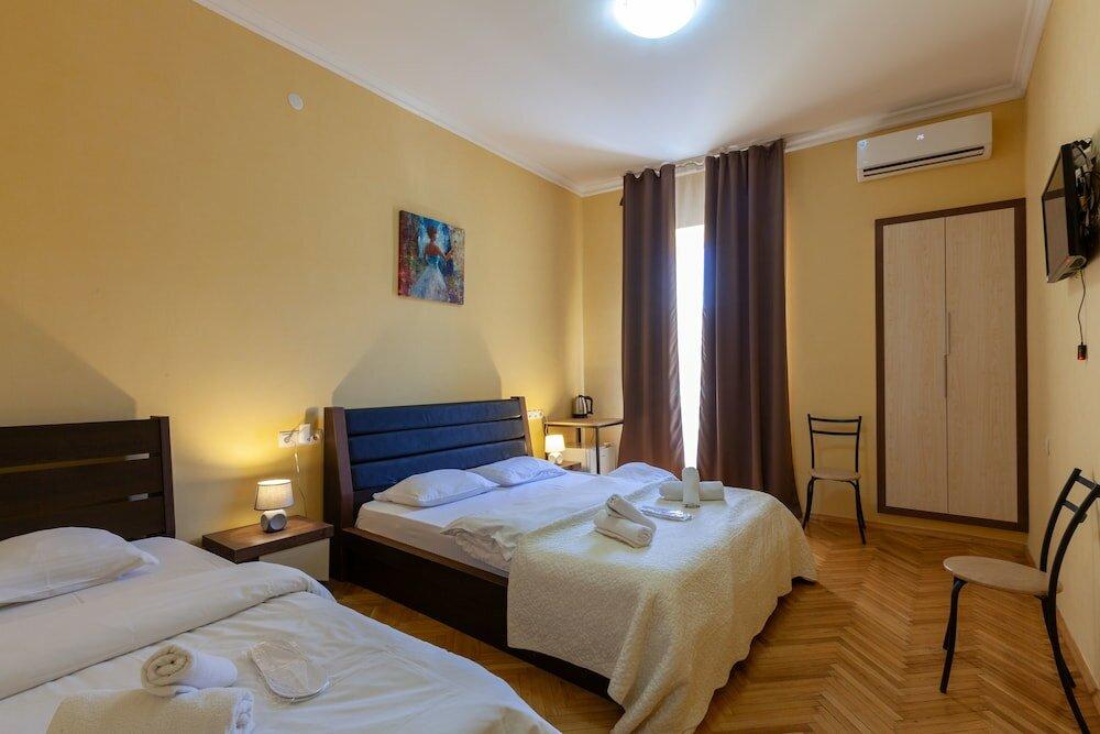 гостиница — Отель Nine — Тбилиси, фото №1