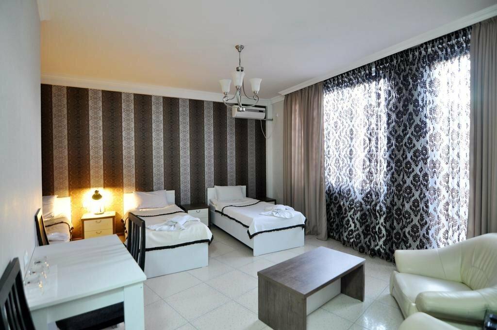 гостиница — Ренессанс отель — Тбилиси, фото №1