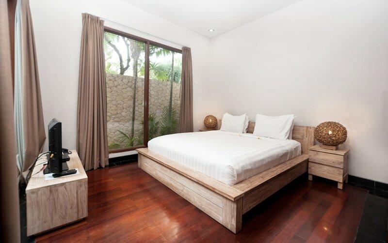 Dipan Resort Villa And SPA Petitenget