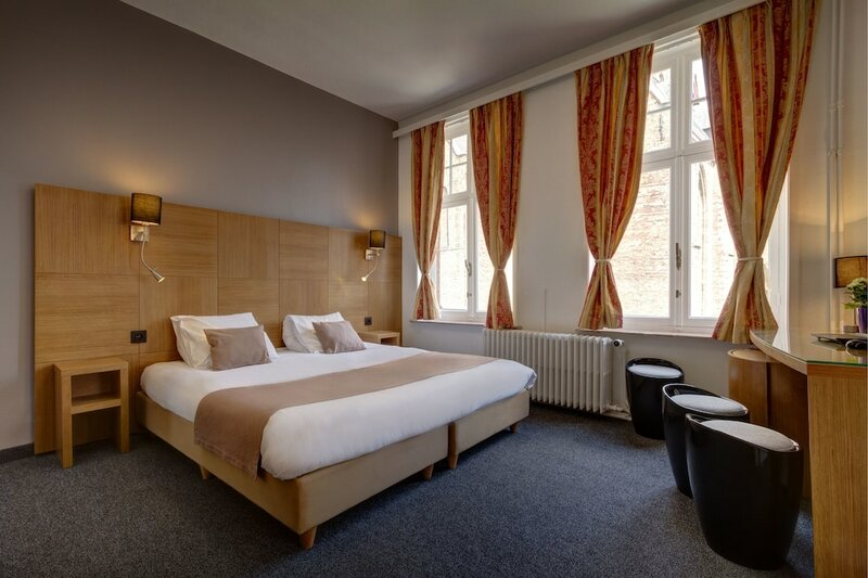 Отель Jacobs Brugge