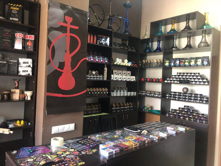 Тяga Hookah shop, tobacco and smoking accessories shop