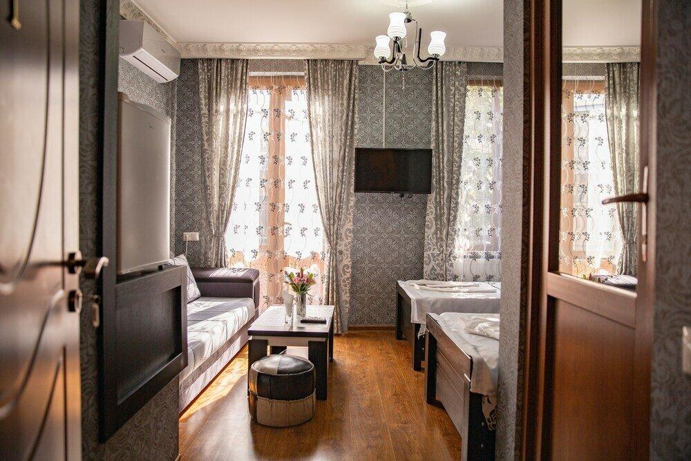 гостиница — Family Hotel Parajanov — Тбилиси, фото №1
