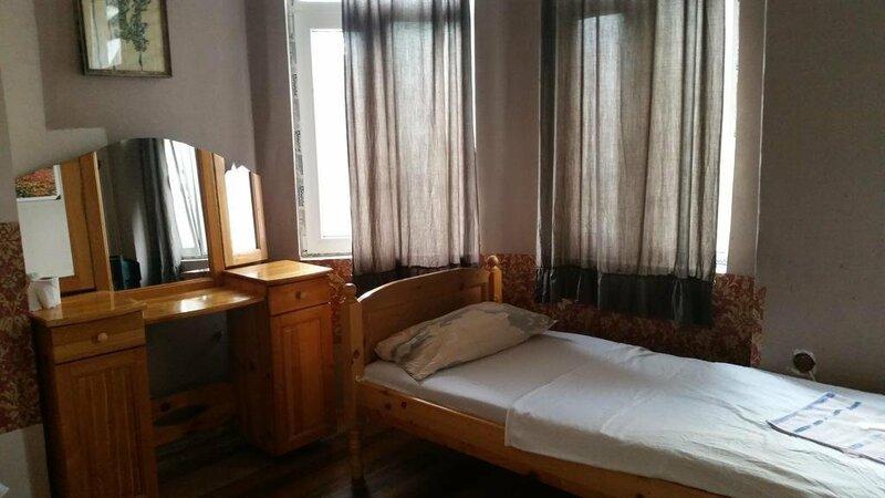 Hostel Shura