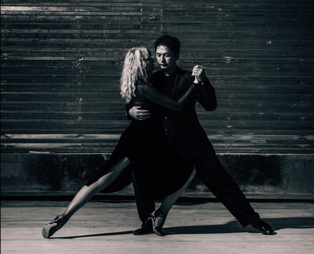 как удалить фото с танго должна быть только