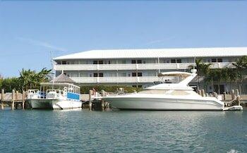Flamingo Bay Hotel & Marina at Taino Beach