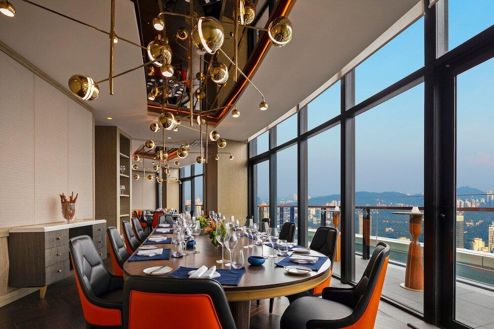 мощи ресторан на крыше куала лумпур фото списке сайты содержащие