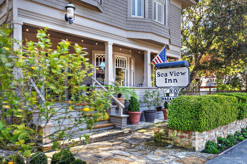 Sea View Inn - Carmel