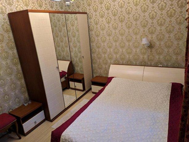 Апартаменты 8 Марта 24