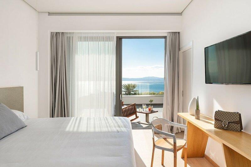 Messinian Icon Hotel & Suites