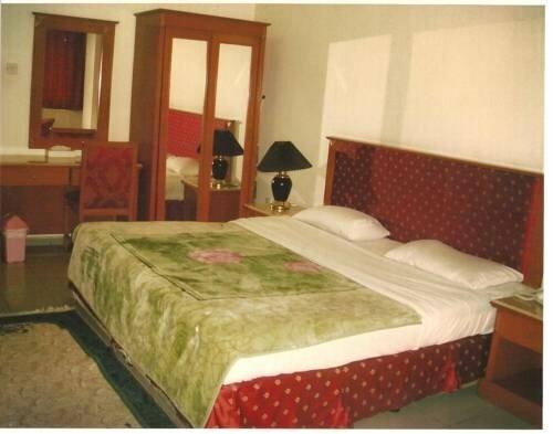 Al Hina Hotel Apartments