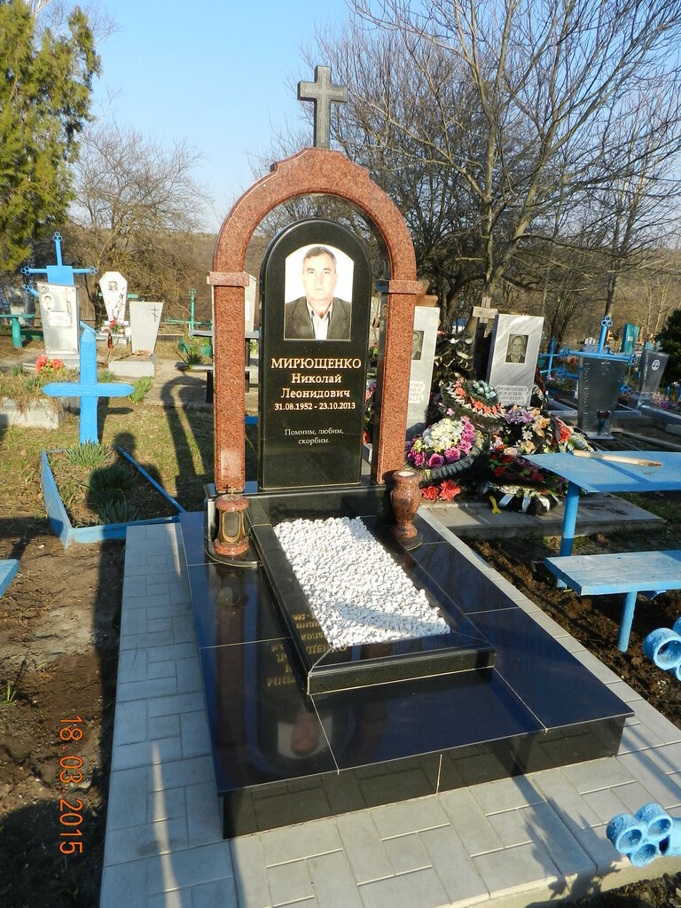 памятники и надгробия — Ритуалум — Ростов-на-Дону, фото №3
