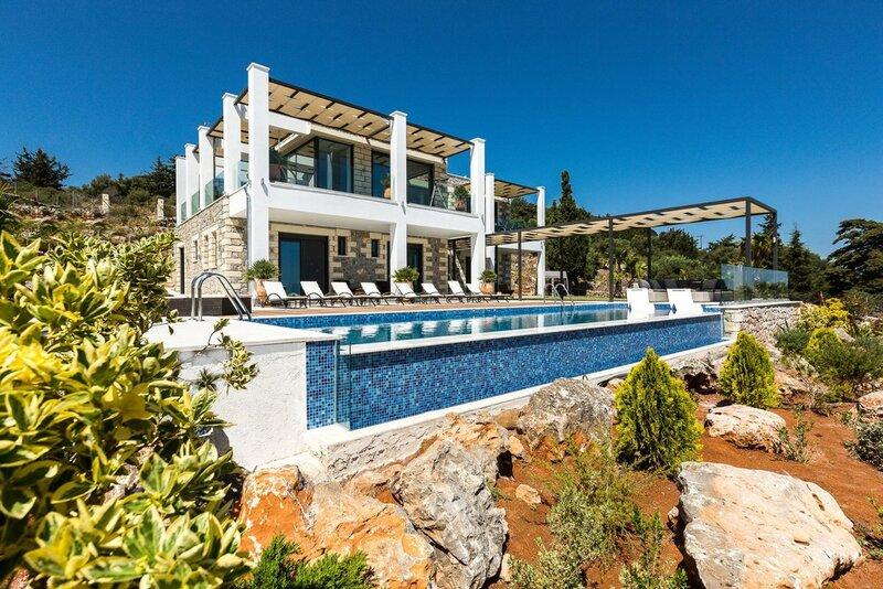 Villa Blue Skyline