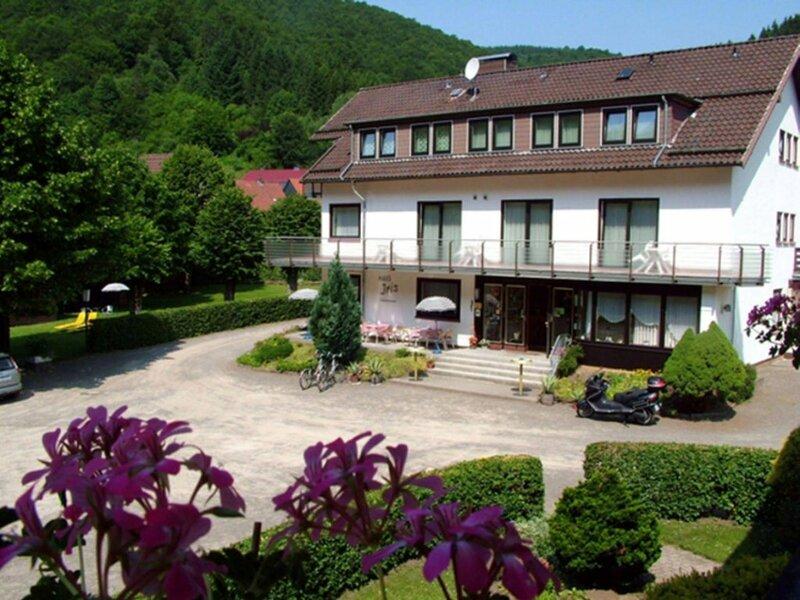 Haus Iris Hotel Garni