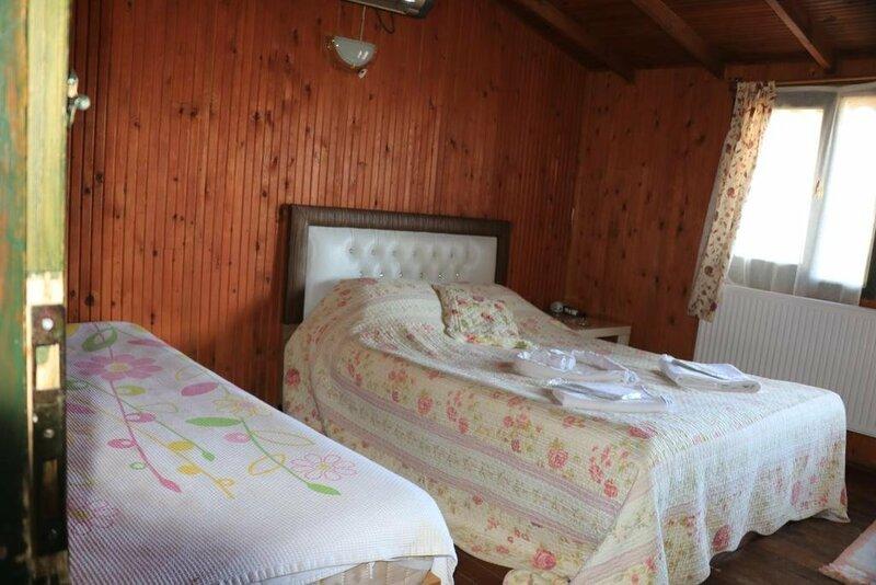 Ekoland Hotel